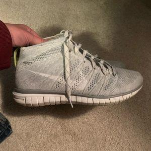 Nike flyknit chunka